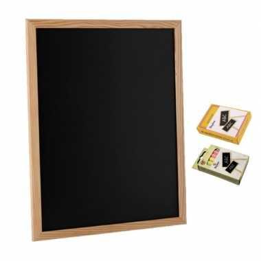 Schoolbord/krijtbord 30 x 40 cm met 12x stuks gekleurde en 12 stuks witte krijtjes